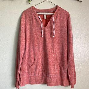 Green Tea Pullover Sweatshirt in Heather Red